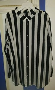 H&M Black and White Striped Button Up